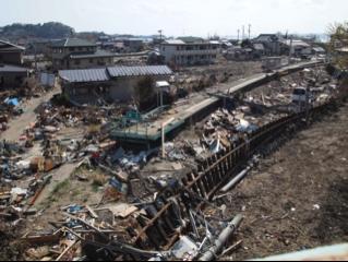 震災直後の東名駅